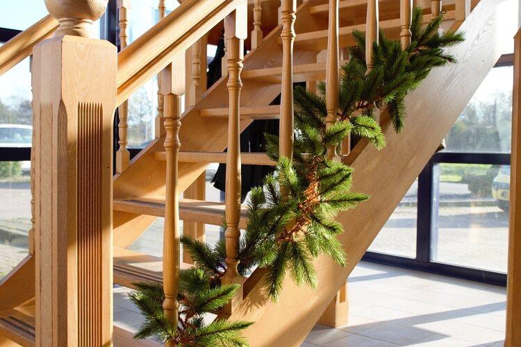 Guirlande groen kerstslinger - Versier een trap ...
